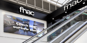 Fnac Video Wall Powered by SignStix1